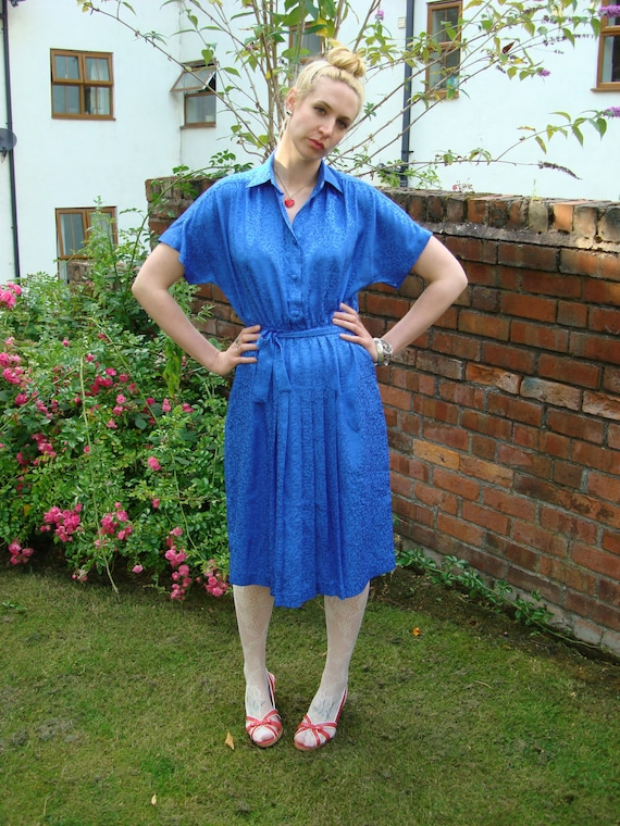 Vintage 80s tea dress leopard print pleated UK 14 16 US 10 12 blue