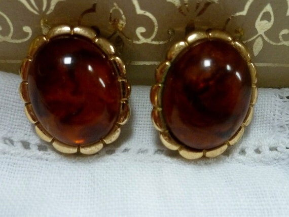 Vintage 70s Amber and Gold Earrings