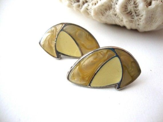 Vintage Enamel Earrings / Sale 75% Off / Beige & Yellow / Silver Tone / Abstract Shapes