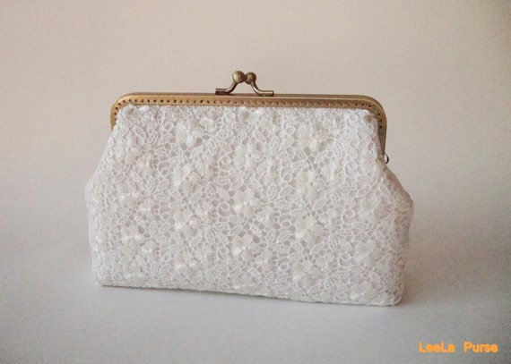 Sale - White Lace Bridal Clutch Purse - Vintage inspired / Ready to ship