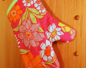 Child's Oven Mitt, Pink Posies Child's Oven Mitt
