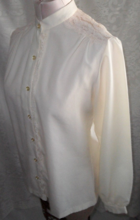 Vintage Blouse Romantic Cream Ivory Lace Victorian by Sears Size 10