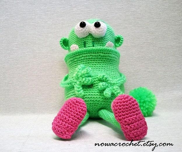 Amigurumi Monster Pattern : House monster amigurumi PDF ebook crochet pattern
