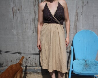 1970s Floral and Tan Summer Halter Dress Size 6/8