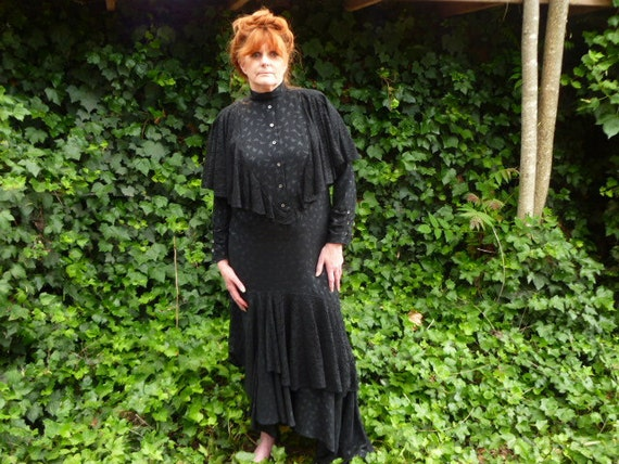 STEAM PUNK GOWN Vintage full length black dress with train, long sleeves, layers of lace, high neck collar, size med, costume, Halloween