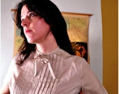 Vintage Short Sleeve Blouse / Sweet 60s Pin Tuck Top / Cream Secretary Shirt Medium / Vintage Womans Shirt