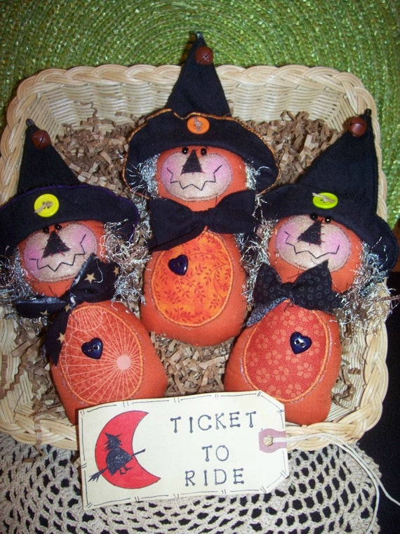 Primitive Whimsical Country Halloween WITCH Dolls Tucks Bowl Fillers Ornies