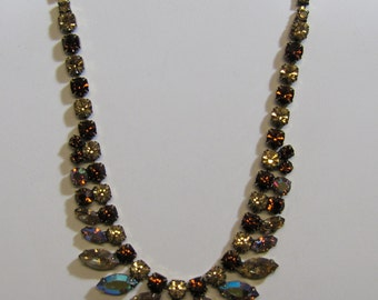 Stunning REGENCY JEWELS Topaz Rhinestone Necklace