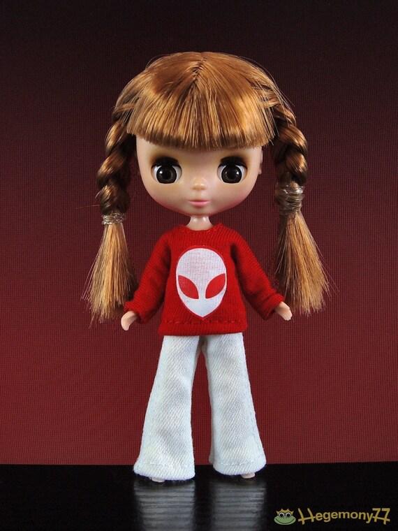 White jeans pants for: Petite Blythe size dolls...