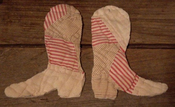 Cowboy Boot Appliques Upcycled Vintage Cutter Quilt Prim Feedsack Embellishments itsyourcountry