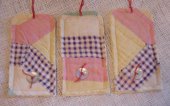 Patchwork Gift Tags Prim Shabby Vintage Feed Sack Fabric Cutter Quilt Hang Tags Tie Ons itsyourcountry