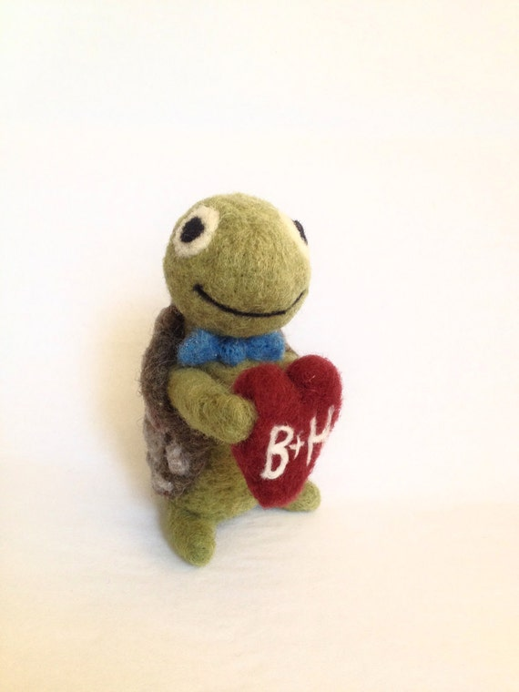 AdoraWools - The Giving Turtle - Wedding Cake Topper - Gift - Needle Felted Ornament