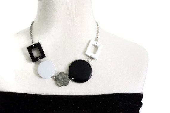 Fashion necklace in black and white lake shells and wood beads. Chunky necklace.