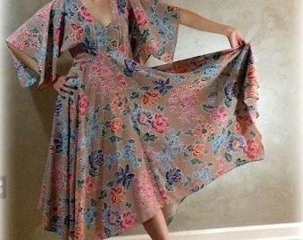 Fresh Flowers Romantic Summer Dress    S or M