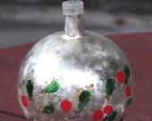 5 Christmas Ornaments Holly and Berries Hand Painted Silver,