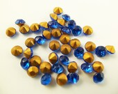 20 4mm Vintage Glass Blue Faceted Round Chatons Vg62