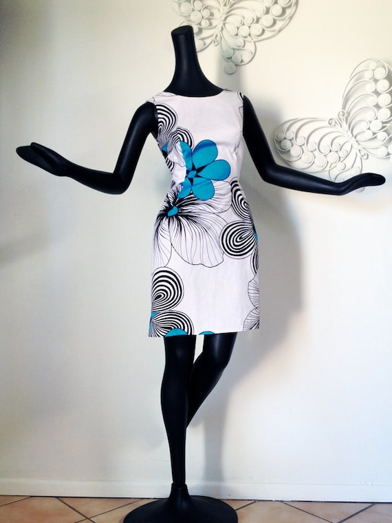 MOD BOW BACK Vintage 60s 70s Hawaiian Mini Dress Black White Turquoise Teal Blue Psychedelic Tiki Flower Op Art Design nos