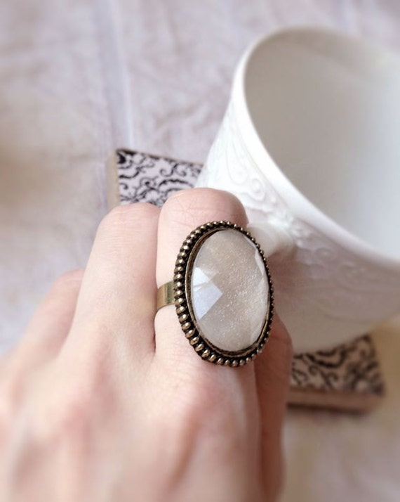 Brass White Opaque Glitter Ring, Boho Chic, Vintage Cabochon