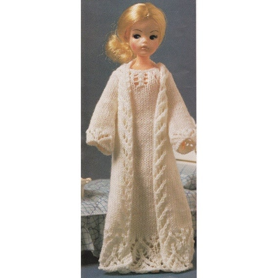 Simple Knitting Patterns For Scarves : Vintage Sindy Doll Knitting Pattern Nightie & Negligee Set 12