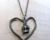 Queen of Hearts Necklace - Valentines