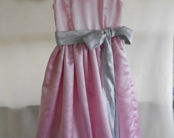 Girl's Special Occasion or Flower Girl Dress size 7