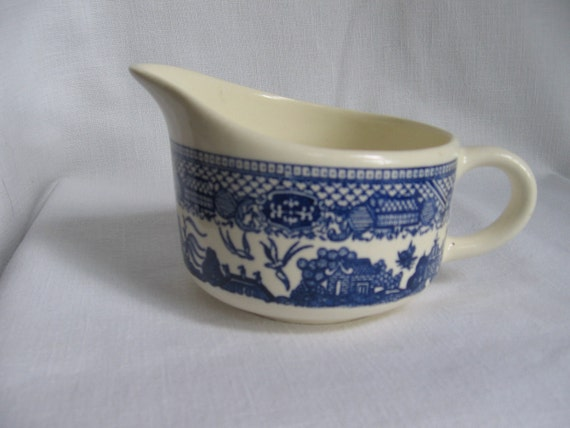 Vintage Blue Willow Creamer Blue and White Creamer Vintage Blue Kitchen Creamer MyVintageTable
