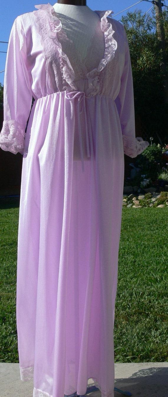 Rikki  New York Light Purple night gown and robe size M