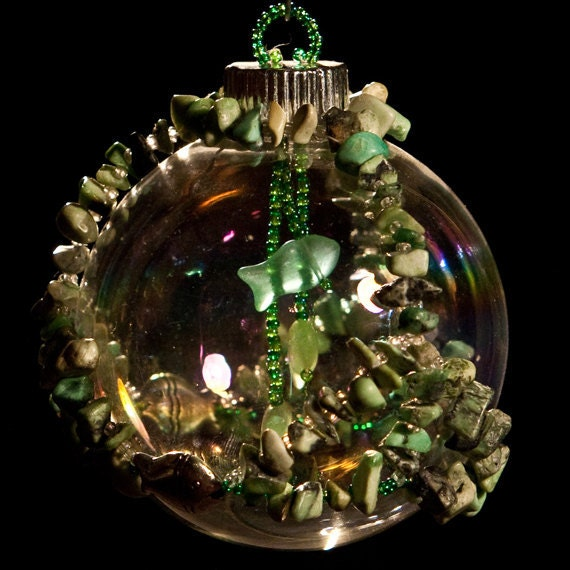 """Life in a Fish Bowl hand beaded Christmas ornament wrap 2.5"""" bulb"""