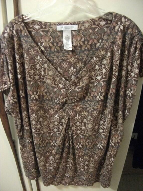 Vintage Liz Claiborne Ladies Plus size Top Floral/Geometric Print 3X Only 4 USD