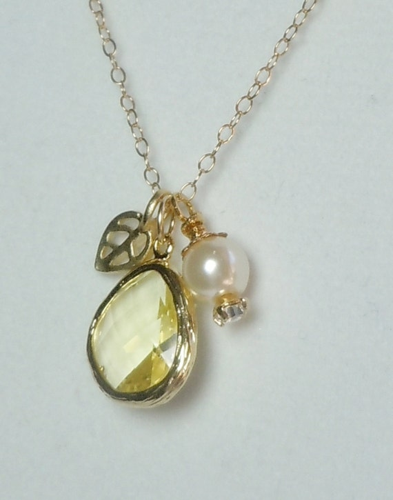 Bridal jewelry - GOLD filled Necklace - Leaf - yellow LEMON Glass - Pearl - gold leaf -