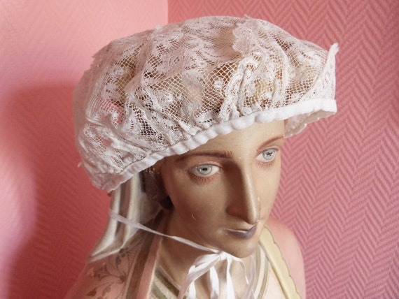 Antique French Victorian lace bonnet floral lace hat white lace w roses, garlands, 1900s coiffe from the Pyrenées France, perfect condition