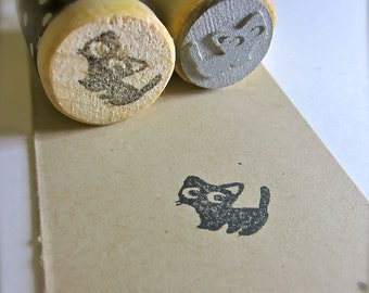 """Black Cat Rubber Stamp - Standing Kitty -  Round 3/4"""" or 2.2cm on wood mount"""