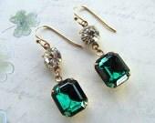 Emerald Green Earrings, Vintage Earrings, Rhinestones Earrings, Swarovski Earrings, Green Earrings, Holiday Earrings, St. Patrick Earrings