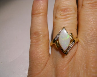 14kt Gold Opal and Diamond Ring Size 5 1/2