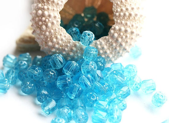 Aqua blue 6mm Cathedral Czech Glass round beads, sea color, fire polished ball beads - 20Pc - 0155
