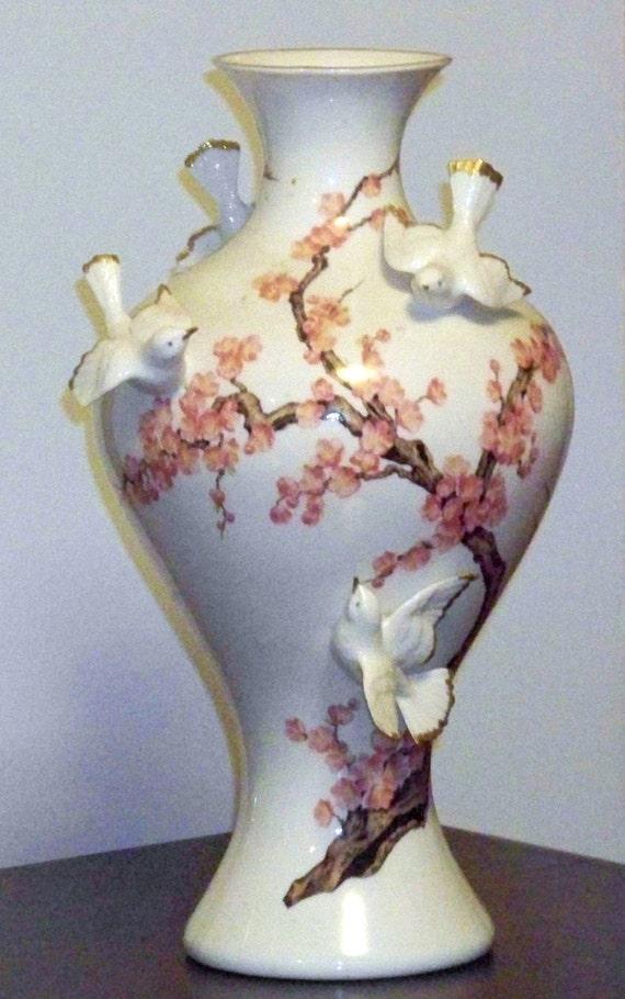 """Vintage Chippy Franklin Mint Porcelain """"Vase of the Emperor's Nightingale"""""""