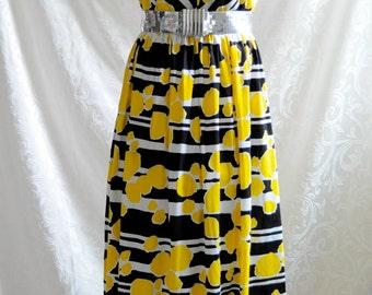 Glam Sixties' Maxi Dress