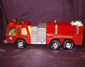 Fire Truck / Vintage Toy / Fire Engine Red / Collectible