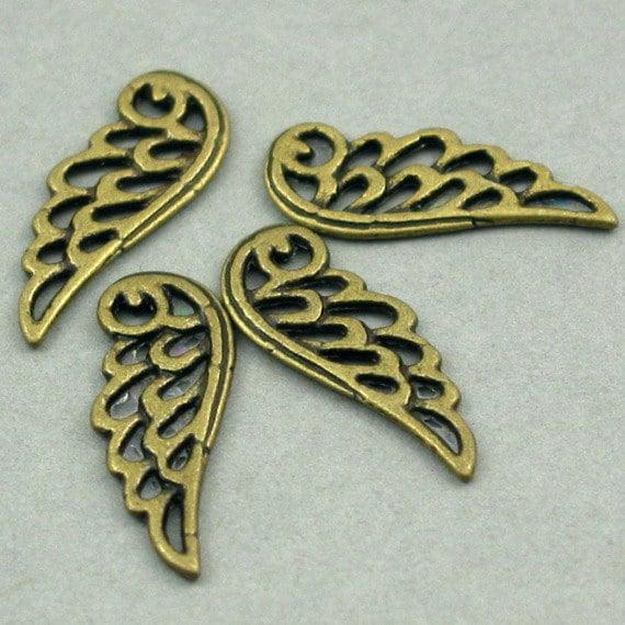 Wing Charms Antique Bronze 8pcs pendant beads 9X24mm CM0141B
