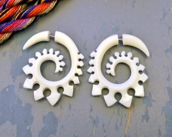 Fake Gauge Earrings Bone Earrings  Spade Spirals Tribal Earrings - Gauges Plugs Bone Horn - FG023 B G1