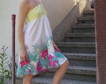 Vintage 80s floral open back halter sun dress, size S-M
