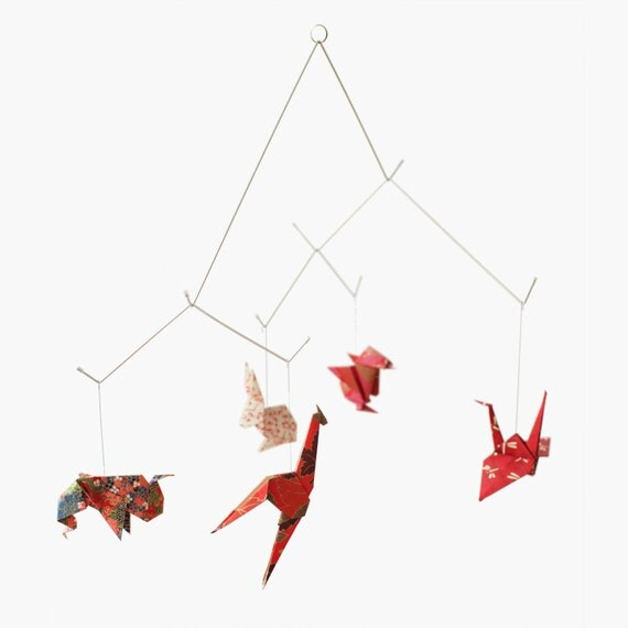 Baby mobile / ZOO ORIGAMI MOBILE: Chiyogami collection - Nursery Decoration - Baby Crib Mobile - Red v.2