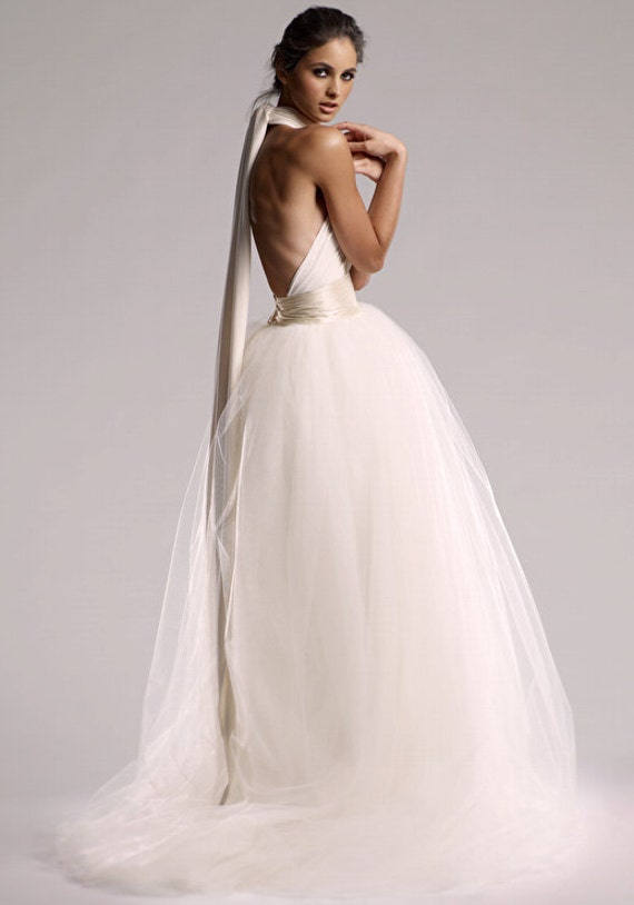 "VINTAGE ORIGIN Infinity Wedding Dress in ""Pearl"" White"