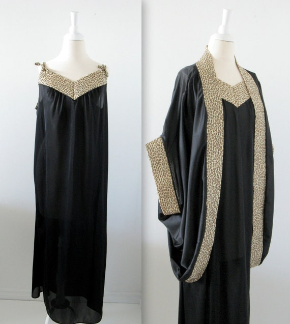 Vintage Plus Size Nightgown and Peignoir Set - 1x 2x - 1980s - Old Hollywood Glam - Black and Animal Print