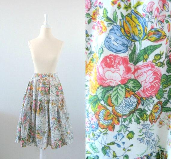 On Reserve English Garden Midi Skirt - Vintage 1970s Pastel Floral Full Cotton Skirt w/ Ruffle - Small