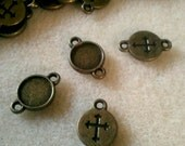 10 Brass Cross Cabochon Settings  16 x 10mm