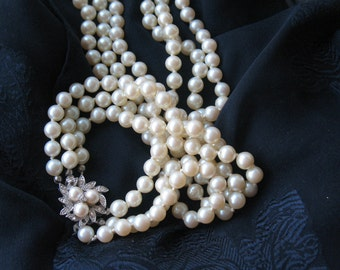 pearl necklace, three strang pearl necklace with pearls and rhinestone closure, off white pearl necklace, bridal necklace, wedding jewelry,
