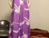 SALE Vintage purple Hawaiian dress w short flutter sleeves small medium