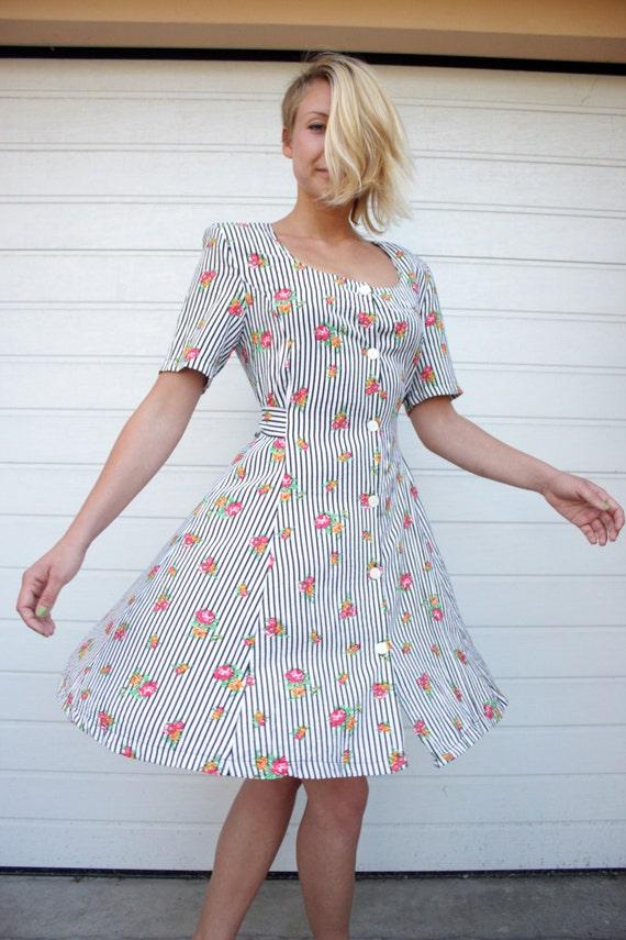 French Vintage Shirtwaist Buttons Down Summer Dress
