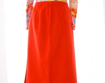 Orange wool skirt - Size 4 to 6 - Ladies - Super cute